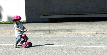 SCOOTANDRIDE Highwaykick1 2w1 Jeździk i hulajnoga 1-5 lat Pink